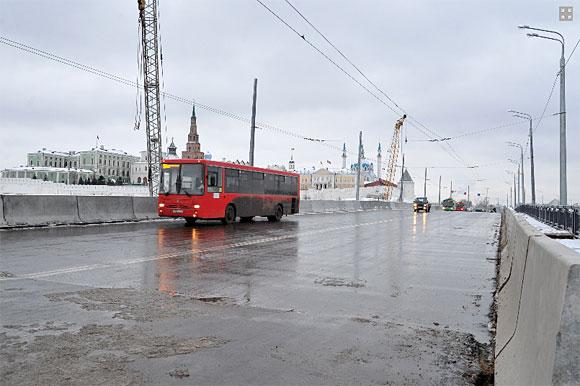 вид дамбы со стороны Московского района